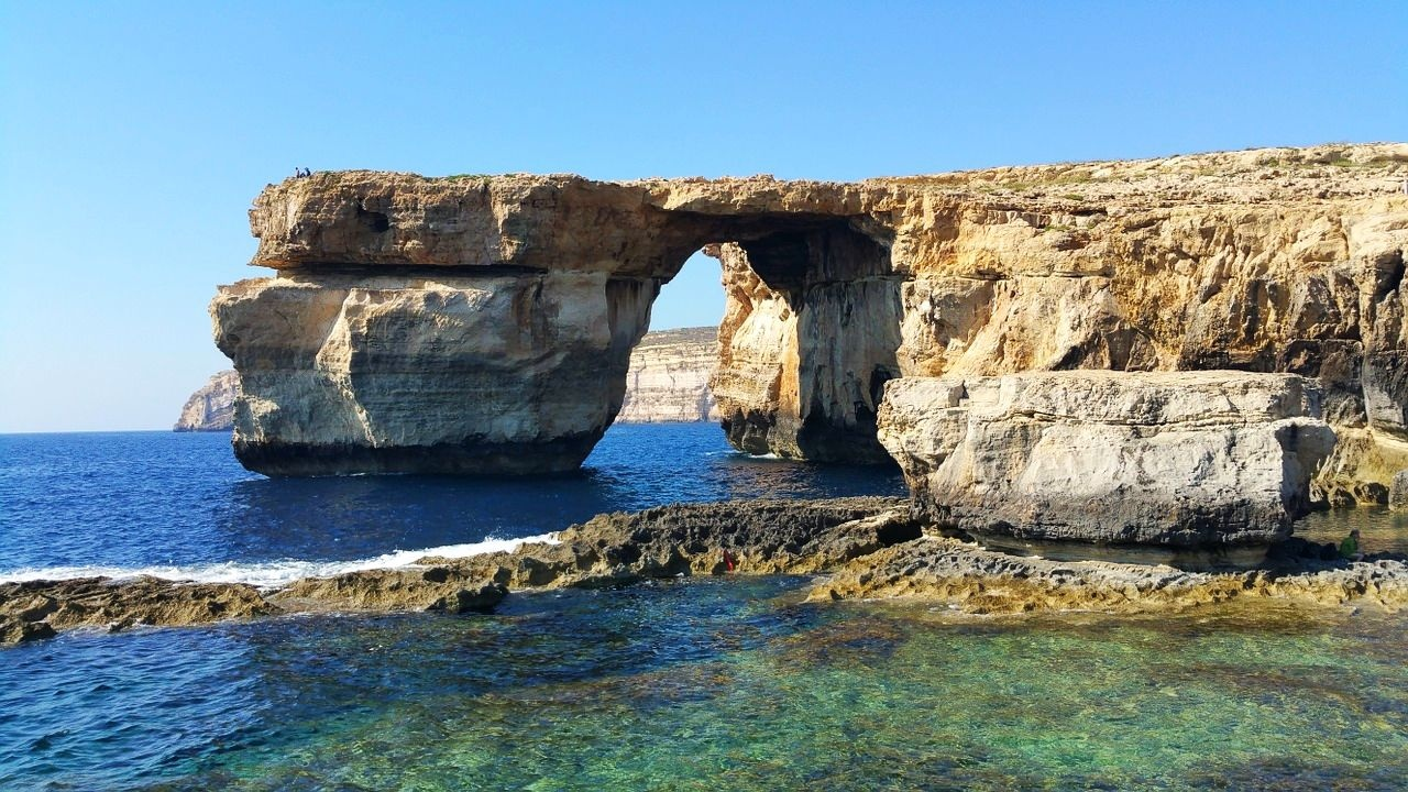 azure_window_-_1_1280