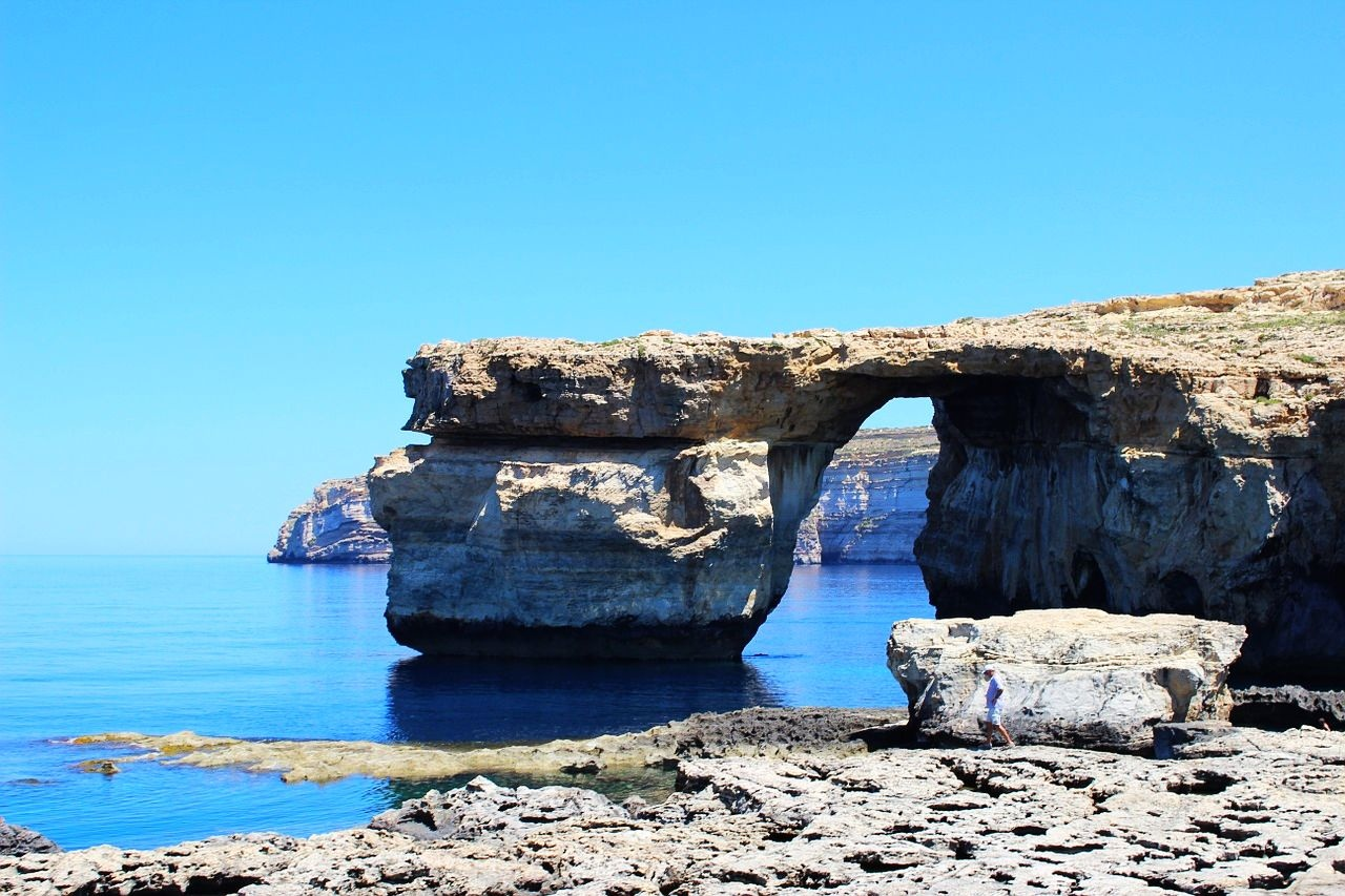 azure_window_-_2_1280
